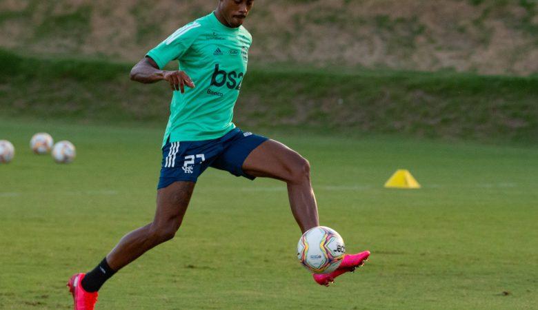 Bruno Henrique treinando no Flamengo