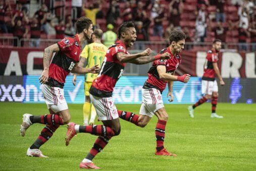 Flamengo Defensa