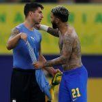 Perfil da Conmebol se derrete com troca de camisas entre Gabigol e Suárez; veja o recado